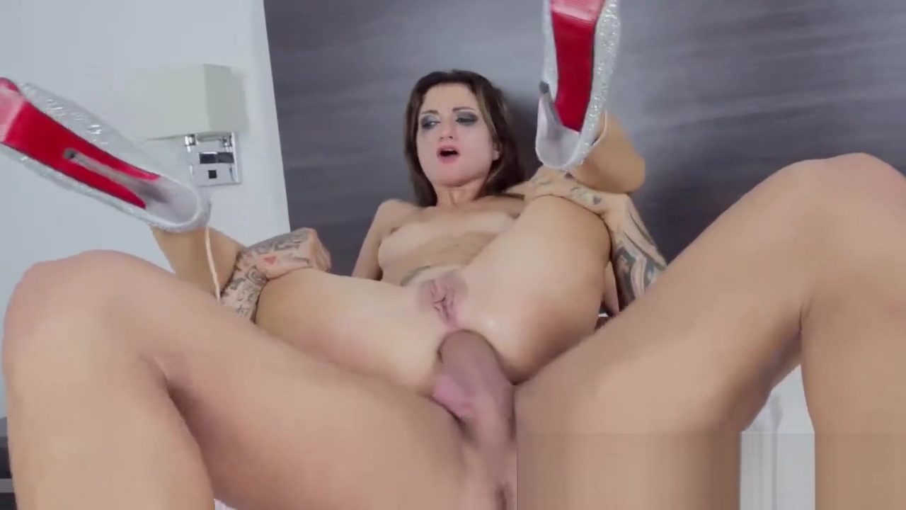 Sexy Teen is fucked hard by her Step Dad Eve sexy costume
