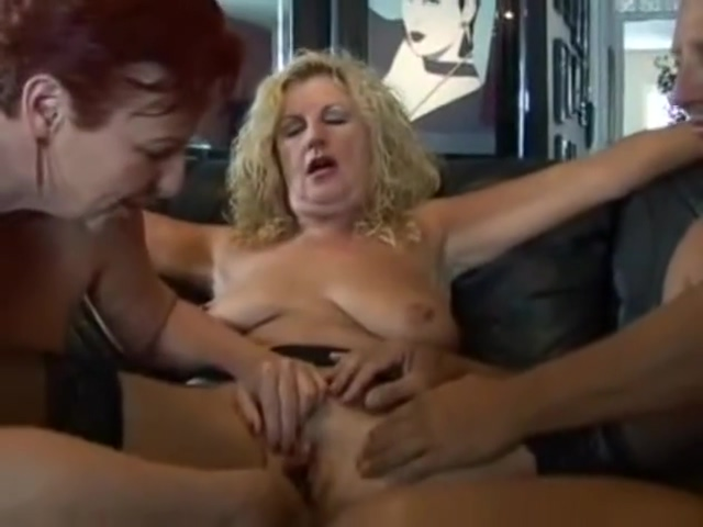 American Threesome Sexy nude pussy photo