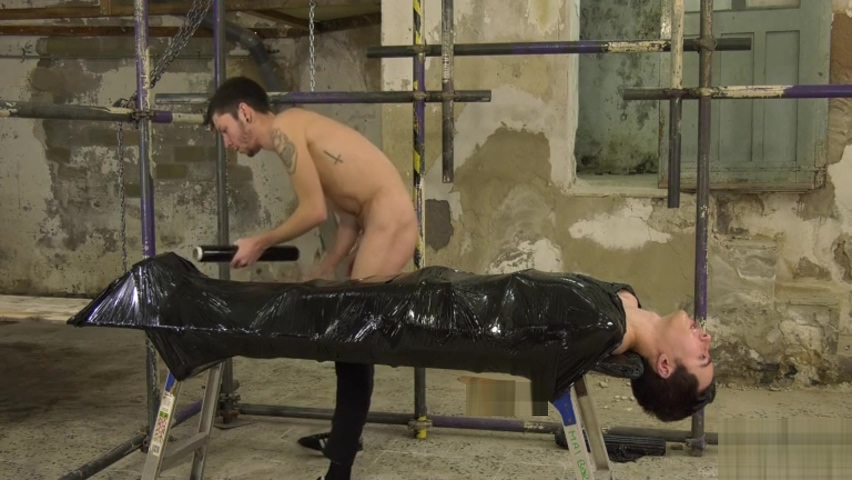 Perfectly Positioned For Face Fucking - Alexis Tivoli & Xavier Sibley Twerk Well Soon