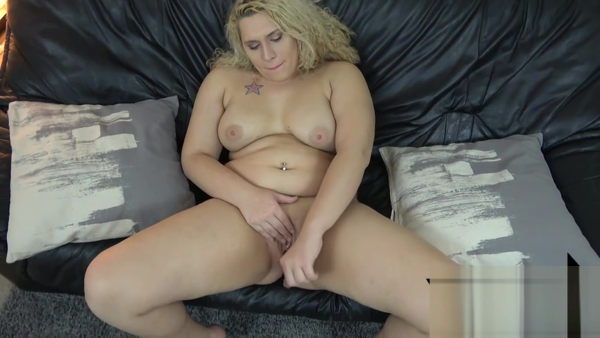 Chubby TS amateur toying her tight cunt