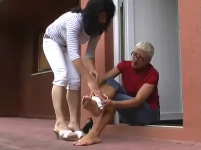 sprain stairs College Girls Finger Their Seductive Professor