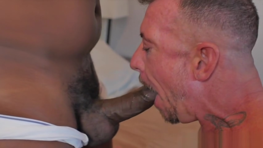 Chubby black bear breeding tattooed hunk Dick to come fuck me at time in Grevenmacher