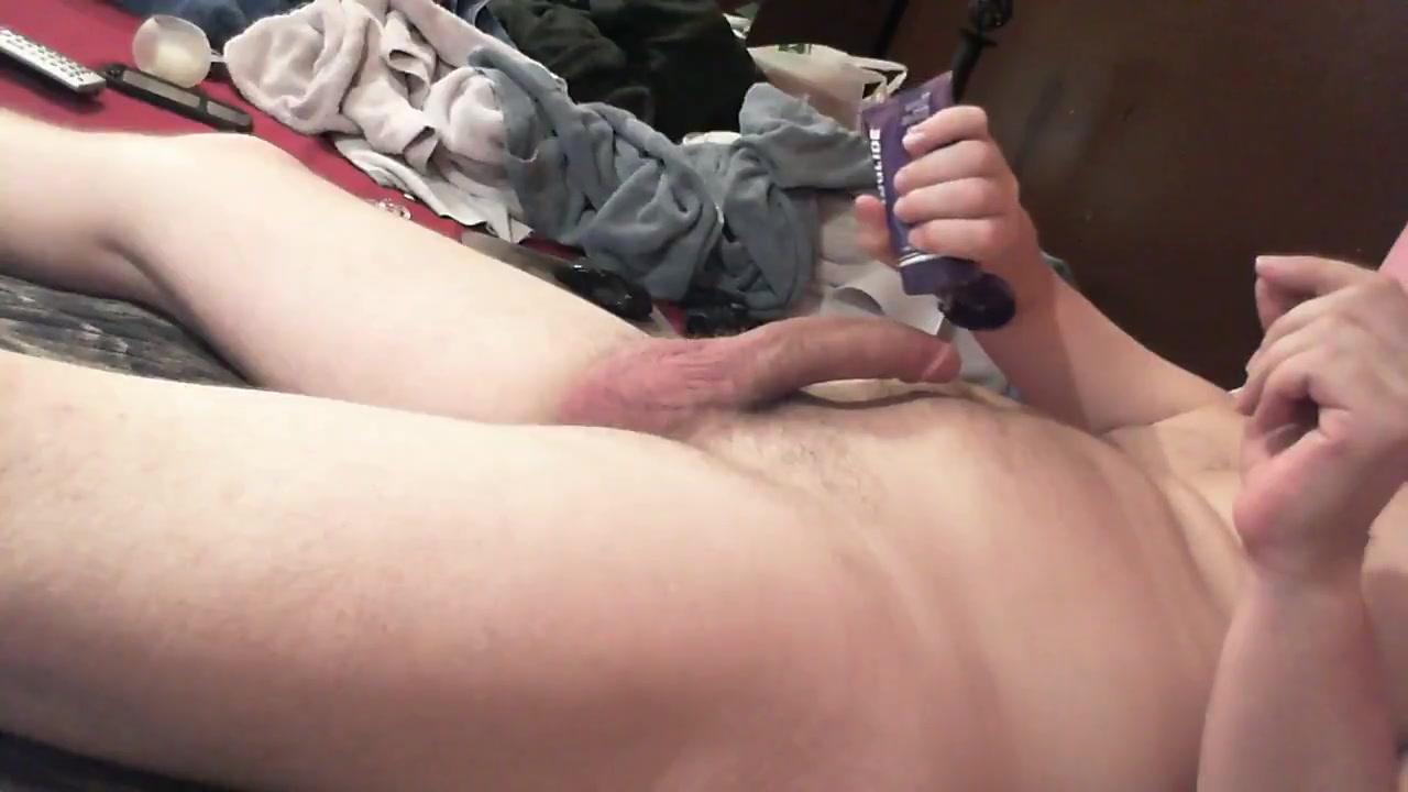 rubbing one out lying down Ebony girls porn movies