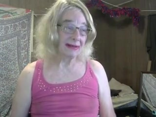 My first time using a wig and red lipstick too, funny french 18 handjob gifs