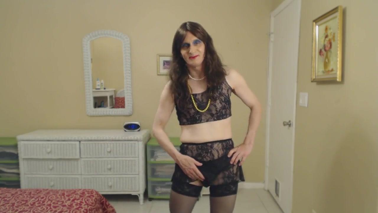 Susie Que XXX Shows Her Cock and Jacks Off Jenna haze nude pics