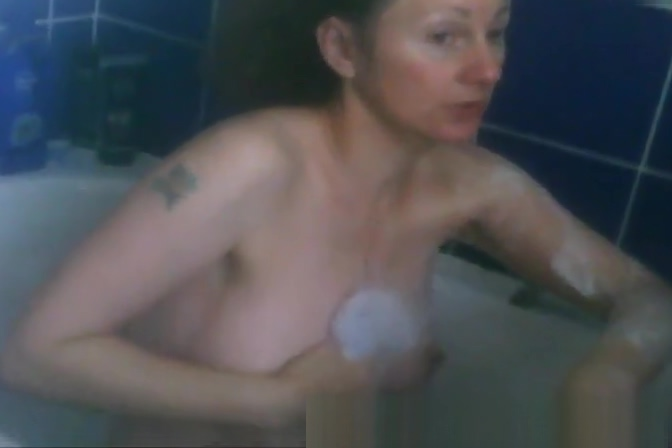Milf big tits bathtime soap up tits and cunt voyeur spycam