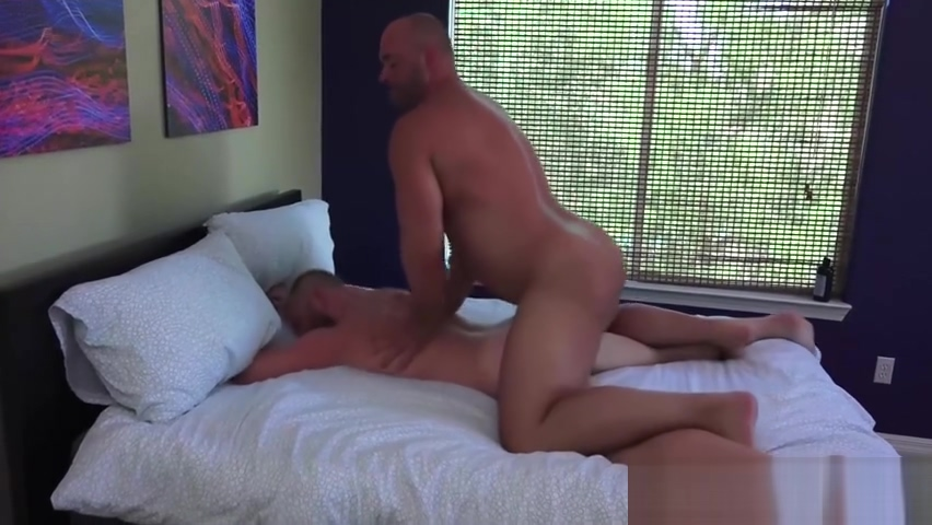 Fat butt buddy sits on bare cock and rides it with pleasure Tera patrick nude dildo