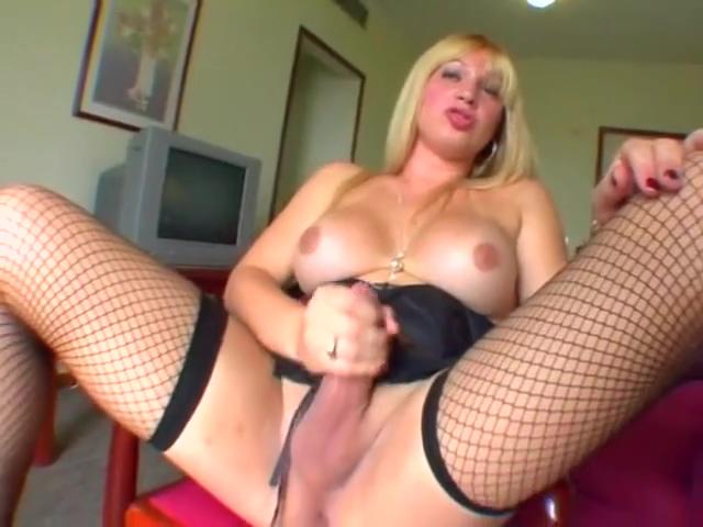 blonde In Solo Action Sex Escort in Canatlan