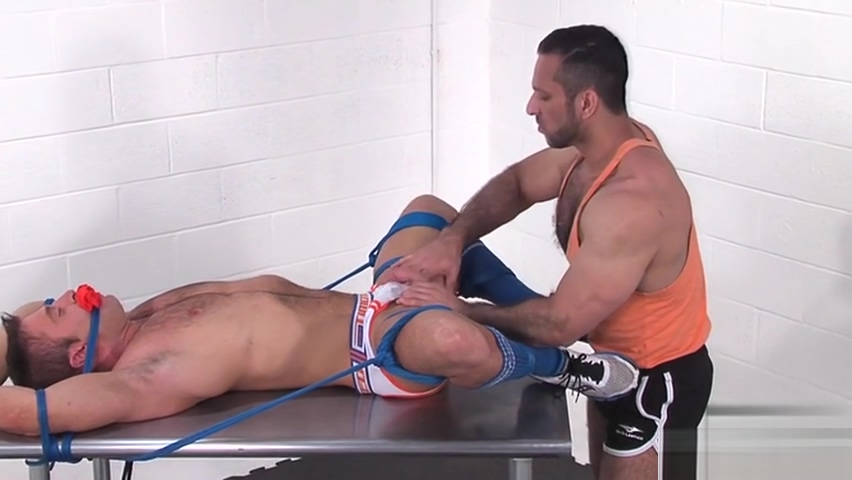 Muscle jock bound with cumshot pisses me off by chris caffery