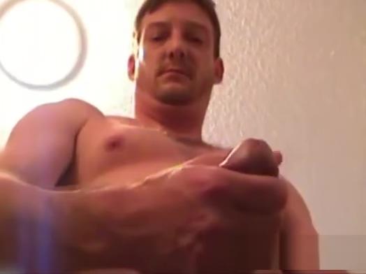 Mature Man Jeff Jerks Off montana gunn porn reviews