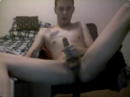 Omegle - Straight Guy Jerks Off And Ass Play Women nude in Porbandar