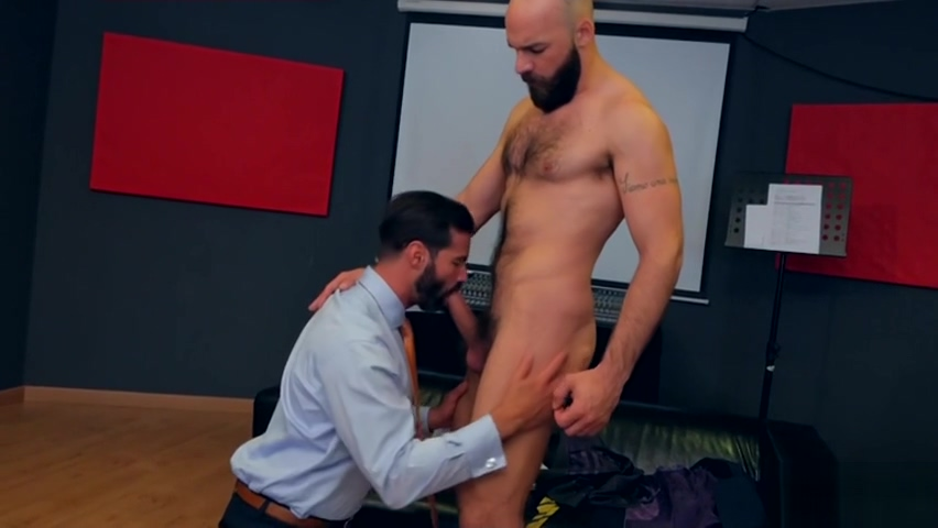 Muscle gay fetish and facial Real amature wives fucking in Linz