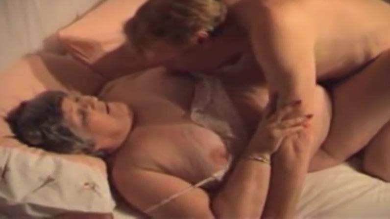 On New Years Eve, Grandma Libby Ellis received 6 orgasms fr Asian busty milf nudes