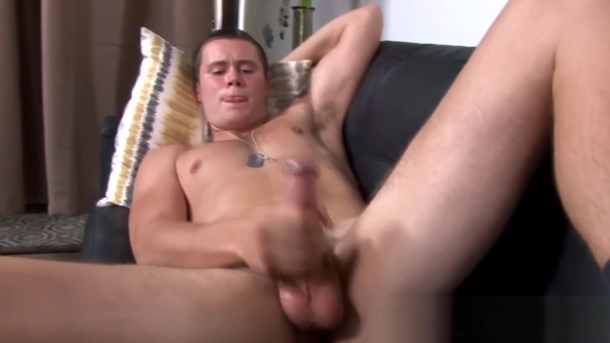 Lovely dude in black socks jerks himself off while moaning Big wet bbw in bathroom