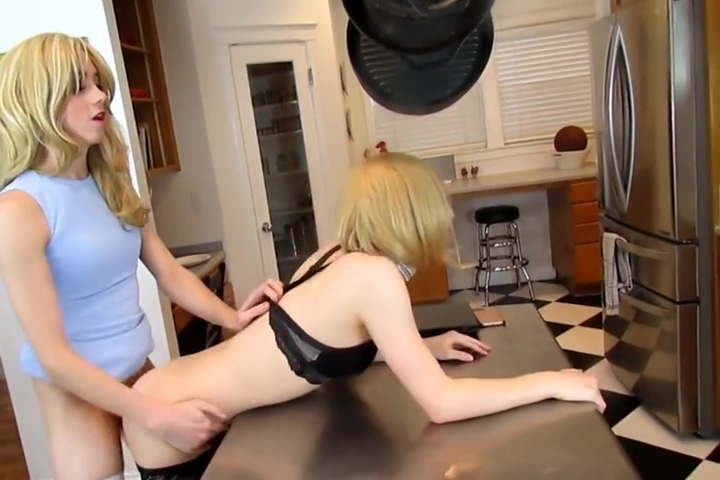 Hot Lily fucked beauty Riley Storm_part 2 Cassidey and Kayla Paige lesbian action