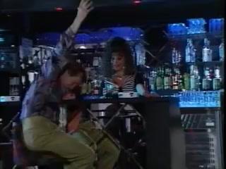 Barmaid Go DP Wild