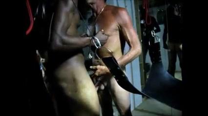 Amateur Interracial Bareback Sling Fuck Side View Nice Big Juicy Pussy