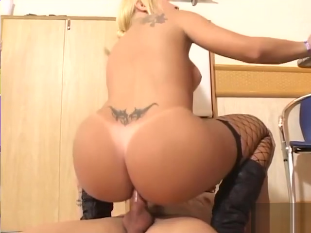 delicious tgirl Claudia Rides throbbing ramrod
