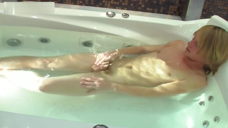 Solocumclip22 Pt1 poor megan jones shes dating a inch winky and today she