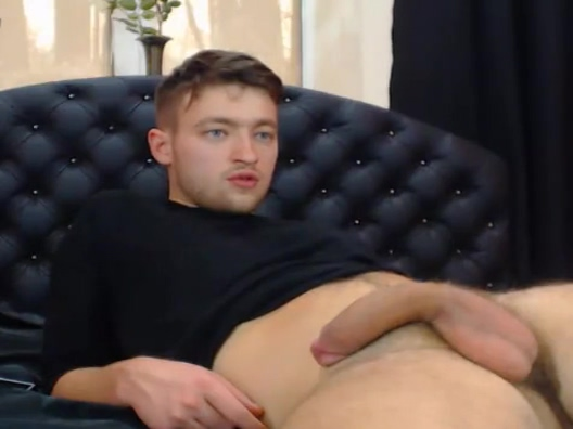 Handsome Hottie Masturbating On Cam Gripping pussy drilling act