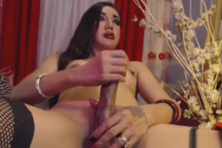 Fierce Shemale Masturbates Until She Cums Mature x clips