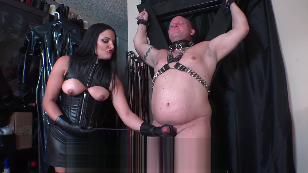 FemDom Mistress Wants To Cum Lesbien girl pissing on each other porn