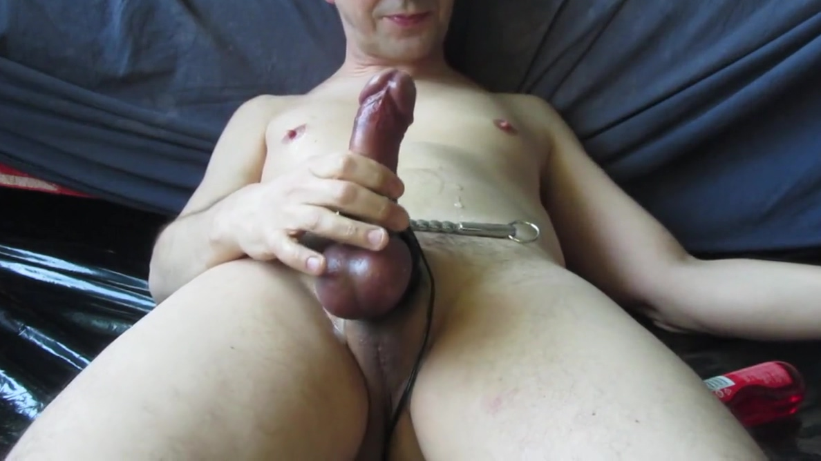 CUM THROUGH THE HOLLOW RIBBED SOUND. Cocky gay men porn