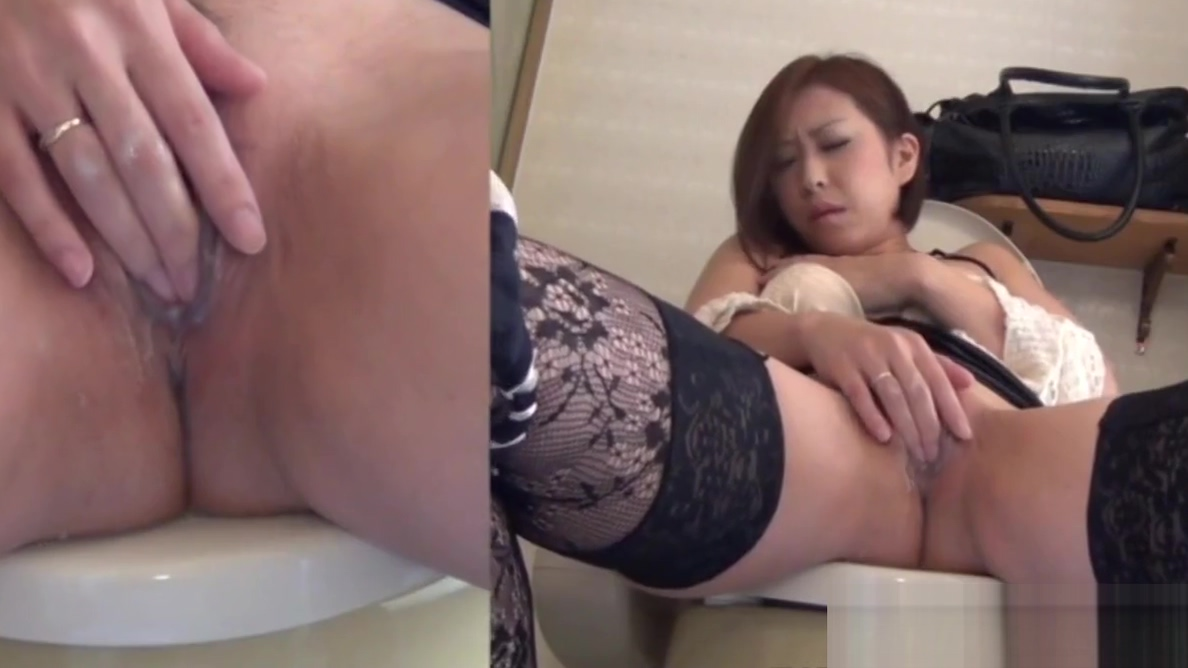 Solo fetish asian rubs Chicas en mini bikini