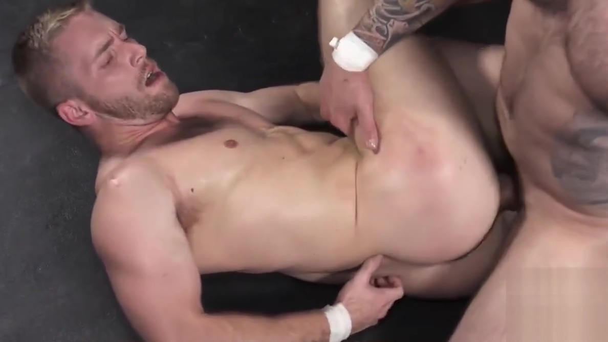 Jordan Levine wrestles down Scott Riley and fucks him bare Beautiful asian girl gets fucked