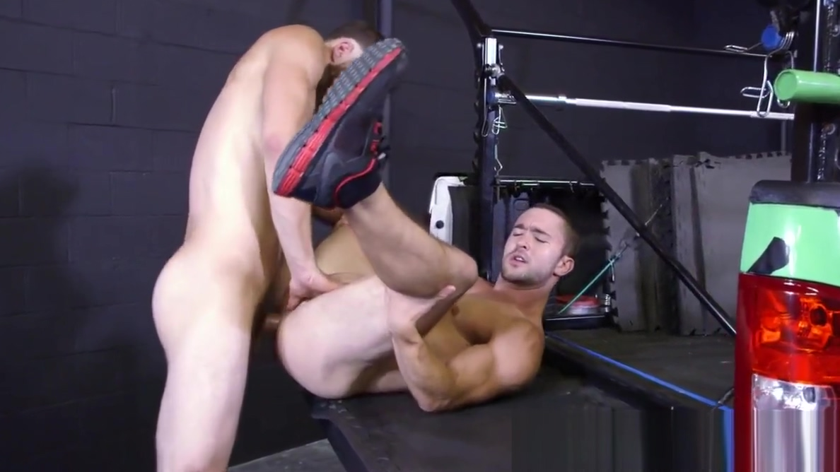 Ripped jock drilled after outdoor workout Black people pussy eating pictures