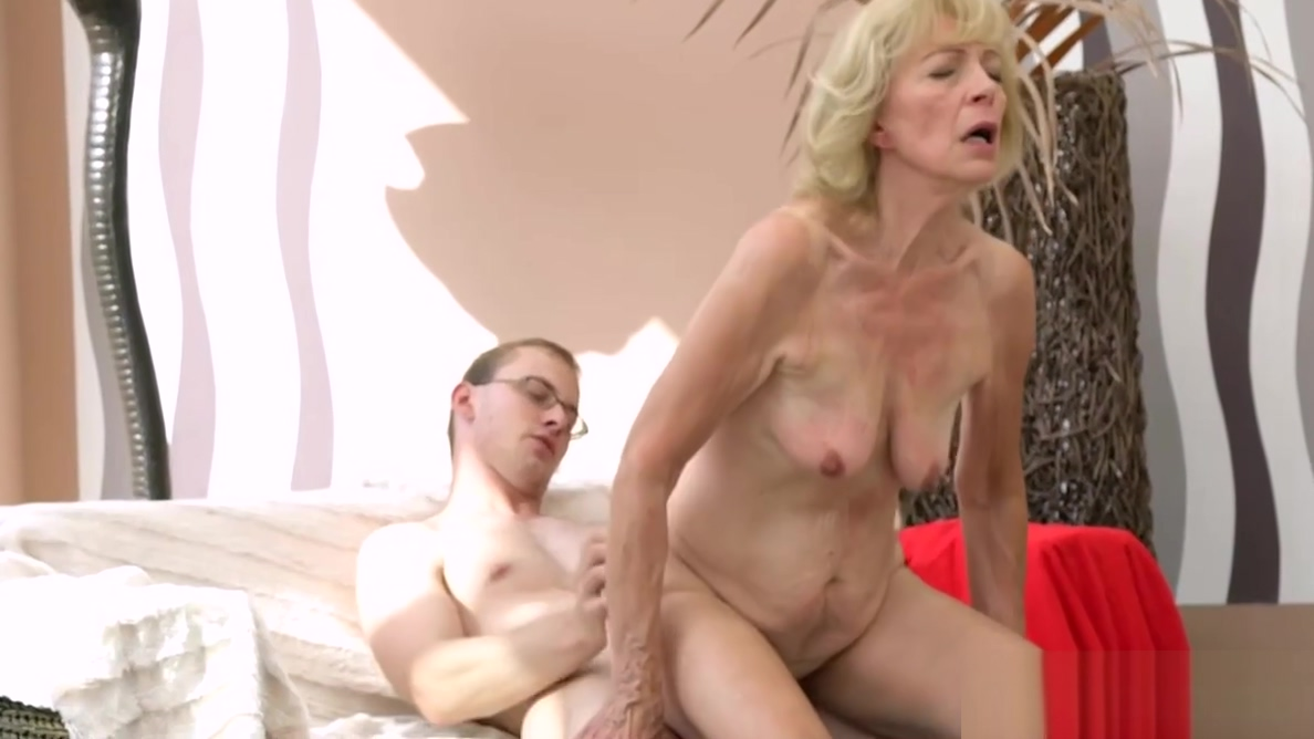 Hot Granny creampied first having sex time