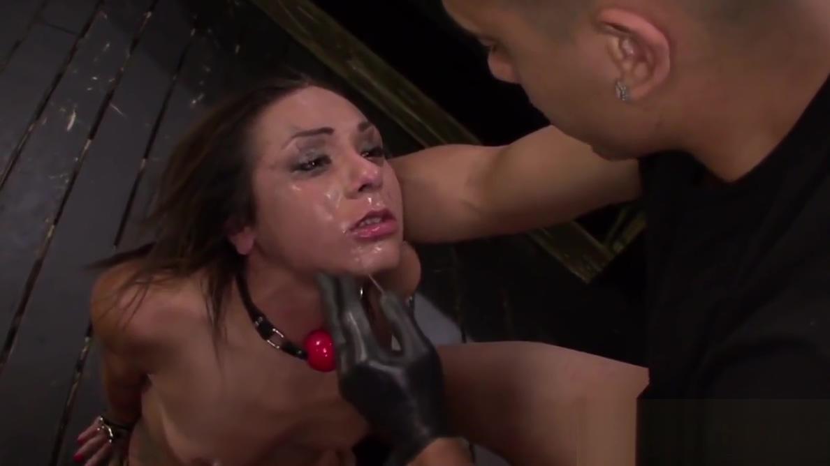 BDSM Indignity For Teen Isa Mendez