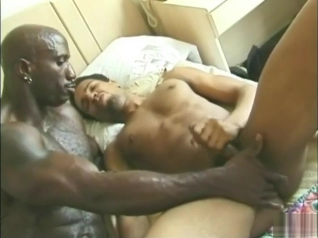 Muscle Daddy Bobby Blake Fucking Hunk T-Bone - Black Sex Indian Classic Porn Tube