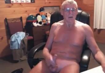 Old amateur gay is jerking dick on web camera Masika kalysha nude pics