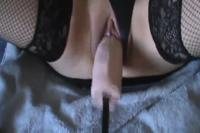 HOT BLONDE MACHINE FUCK Things you should know about hookup a short girl