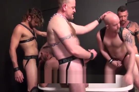 Piss Tub Orgy Milf in high heels porn