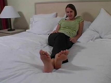 Haven - Jerk Off And Shoot Over My Feet Spank me and them fuck me pictures