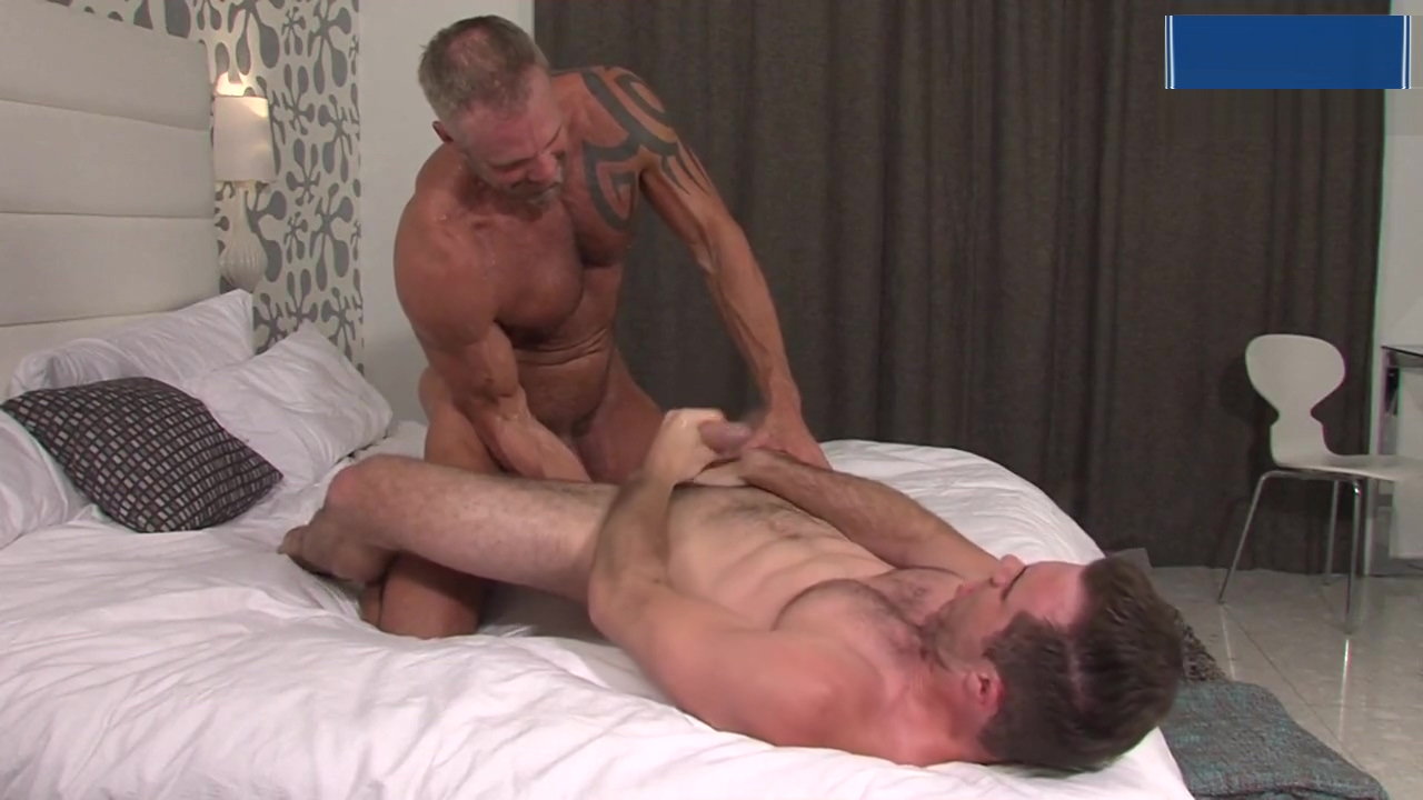 Dallas Steele and Matthew Bosch In Cauke 4 President Charming hot lesbians in pantyhose