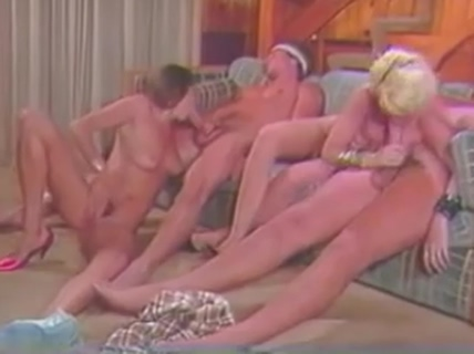 Peter North,Lois Ayers, Frank James, Elle Rio Filipina topless in bsthroom