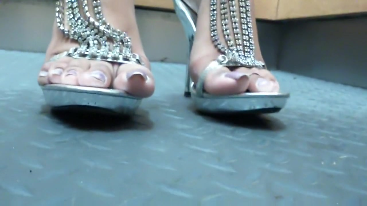 Sexy feet in high heels Sexy home video upload