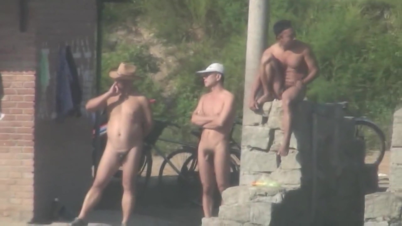 Chinese Men swimming at lake Woman adult date in Balti