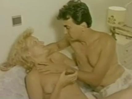 Greek Porn 70-80( H FILIDONH) 2 Naughty married women