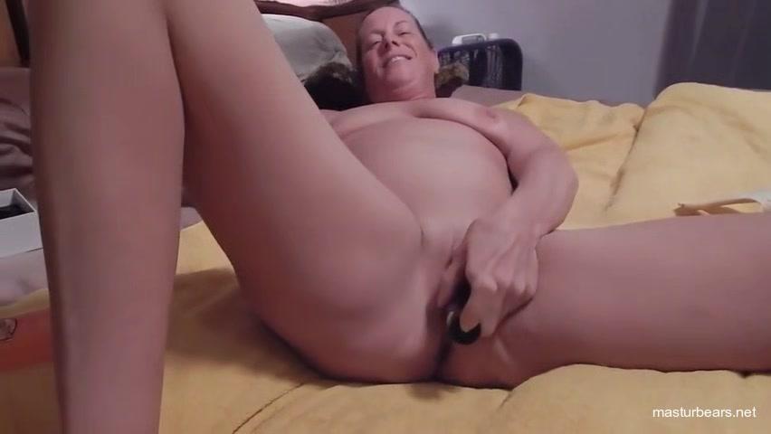 my cougar cunt eats a dildo web cam chat gay men