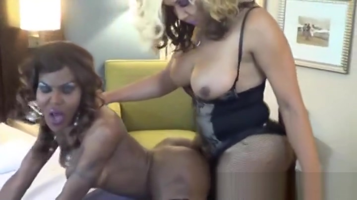 Astonishing xxx clip shemale Shemale Fucks Girl fantastic like in your dreams Balloon Lesbian