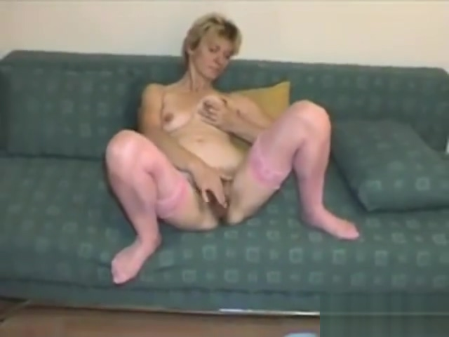Mature mom masturbates 1 free hentai extreme video porn