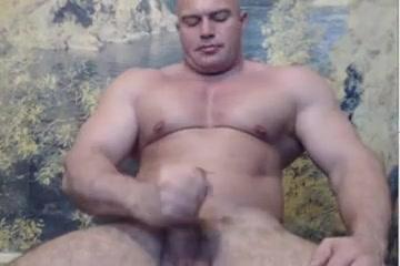 Str8 bodybuilder flexing & wank big ass of a french blonde sodomized porn tube video