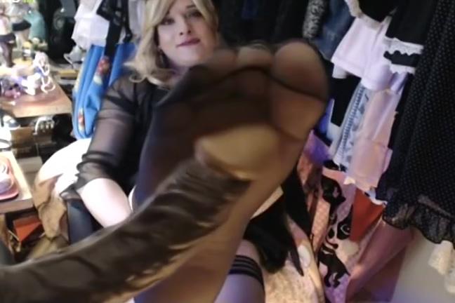 Alex Play penis Footjob lanten sexy wonam with tits