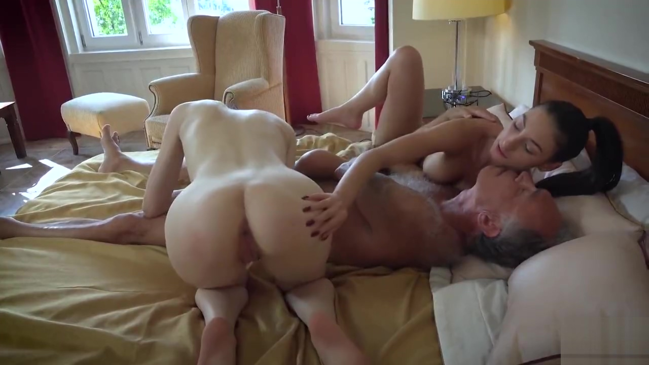 Lucky Old Guy 10 Threesome