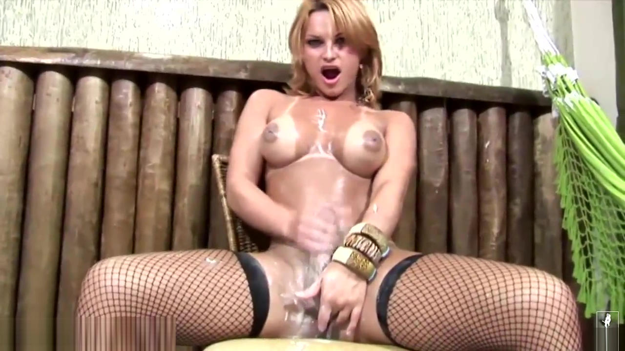 blonde sheboy Bounces Her biggest milk cans In Messy Whipped goo