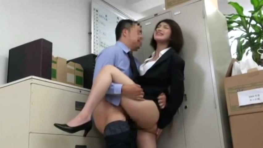 Japanese Office Silent Fucking (my favourite pposition) crucifix in her pussy